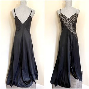 Vtg Black & Gold Accent Nightgown
